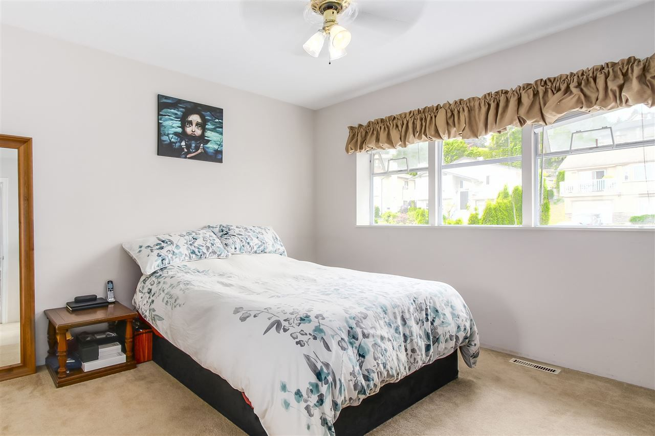 Photo 10: Photos: 115 WARRICK Street in Coquitlam: Cape Horn House for sale : MLS®# R2194175
