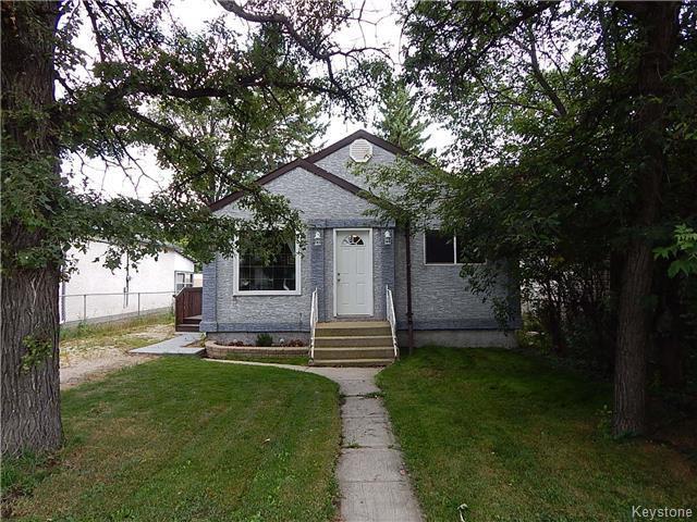 Main Photo: 22 Berrydale Avenue in Winnipeg: Residential for sale (2D)  : MLS®# 1722889
