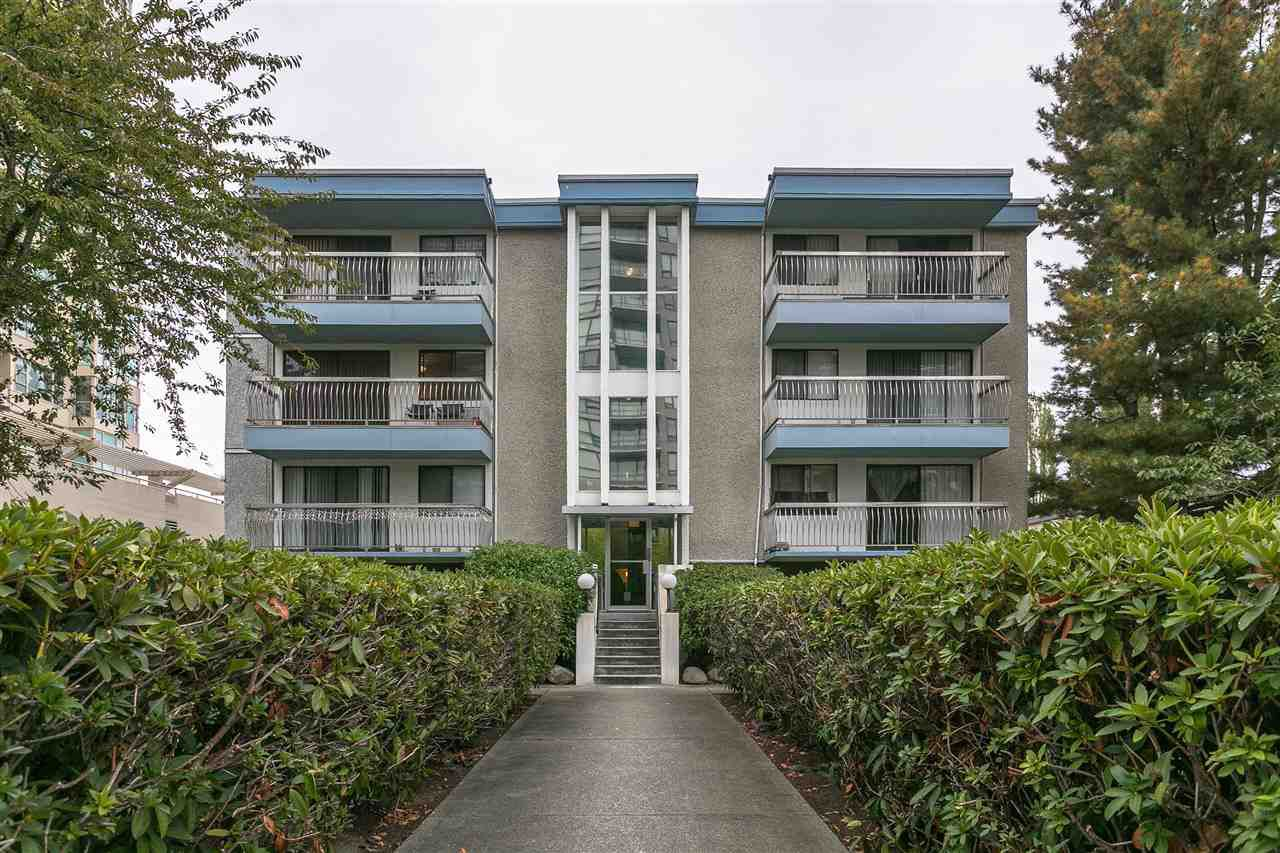 "Main Photo: 201 6340 BUSWELL Street in Richmond: Brighouse Condo for sale in ""BLUE HAVEN"" : MLS®# R2213399"