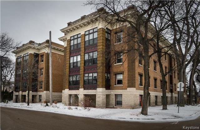 Main Photo: 22 828 Preston Avenue in Winnipeg: Wolseley Condominium for sale (5B)  : MLS®# 1729811