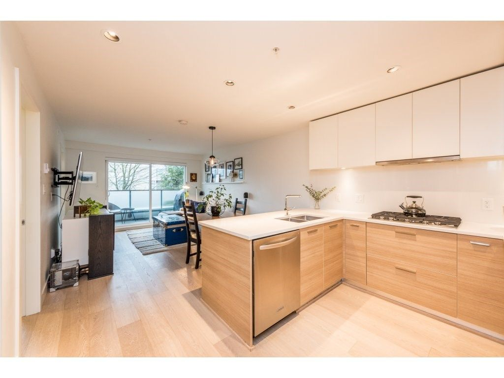 "Main Photo: 301 3456 COMMERCIAL Street in Vancouver: Victoria VE Condo for sale in ""MERCER"" (Vancouver East)  : MLS®# R2233963"