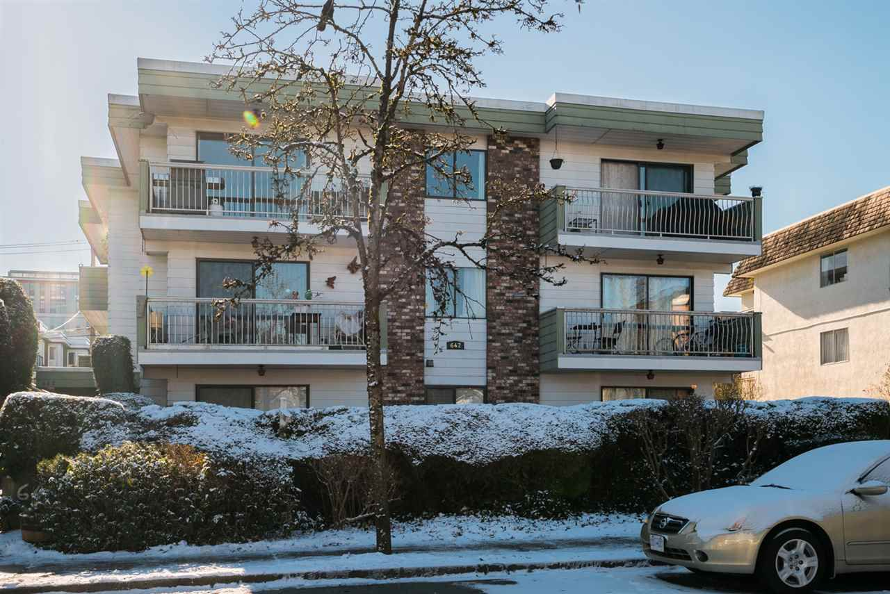 """Main Photo: 303 642 E 7TH Avenue in Vancouver: Mount Pleasant VE Condo for sale in """"Ivan Manor"""" (Vancouver East)  : MLS®# R2242560"""