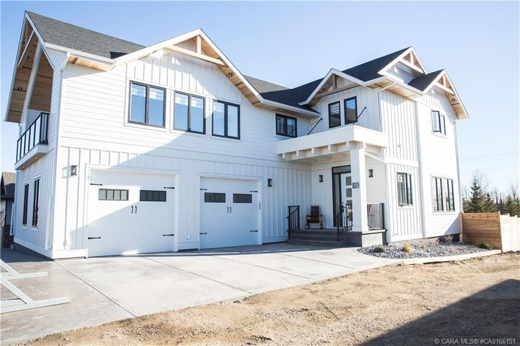 Main Photo: 13 GARRISON Place in Red Deer: RR Garden Heights Residential for sale : MLS®# CA0166151