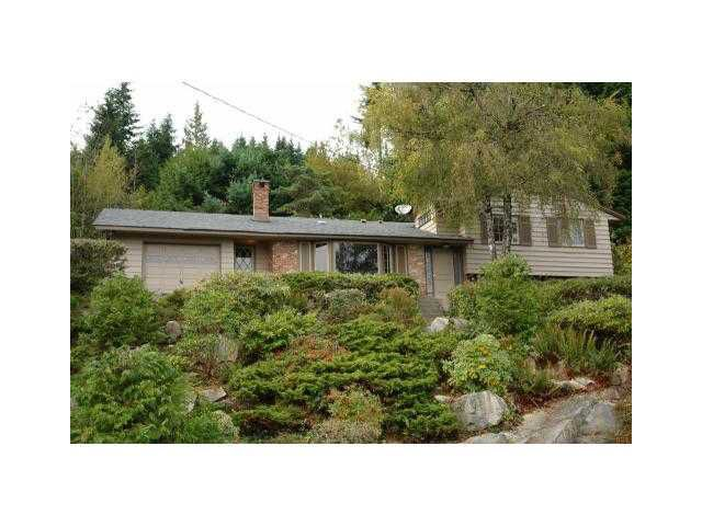 Main Photo: 498 CRAIGMOHR Drive in West Vancouver: Glenmore House for sale : MLS®# V872678
