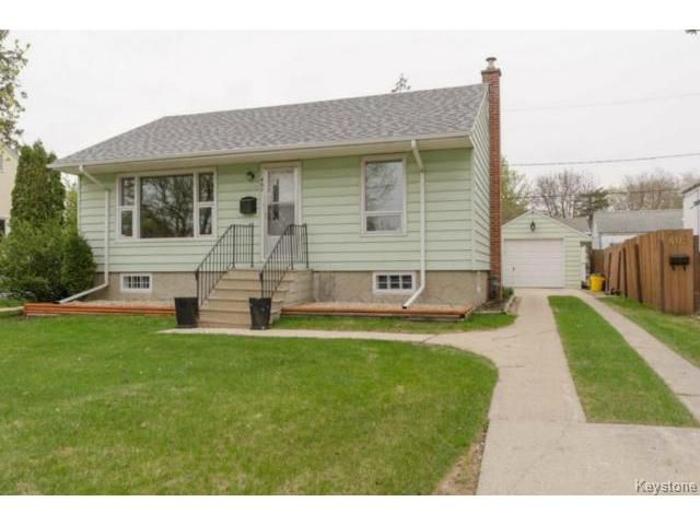 Main Photo: 407 Amherst Street in WINNIPEG: St James Residential for sale (West Winnipeg)  : MLS®# 1510775