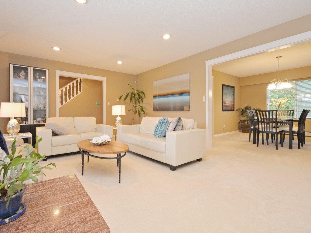 "Main Photo: 4100 LANCELOT Drive in Richmond: Boyd Park House for sale in ""BOYD PARK"" : MLS®# R2118699"
