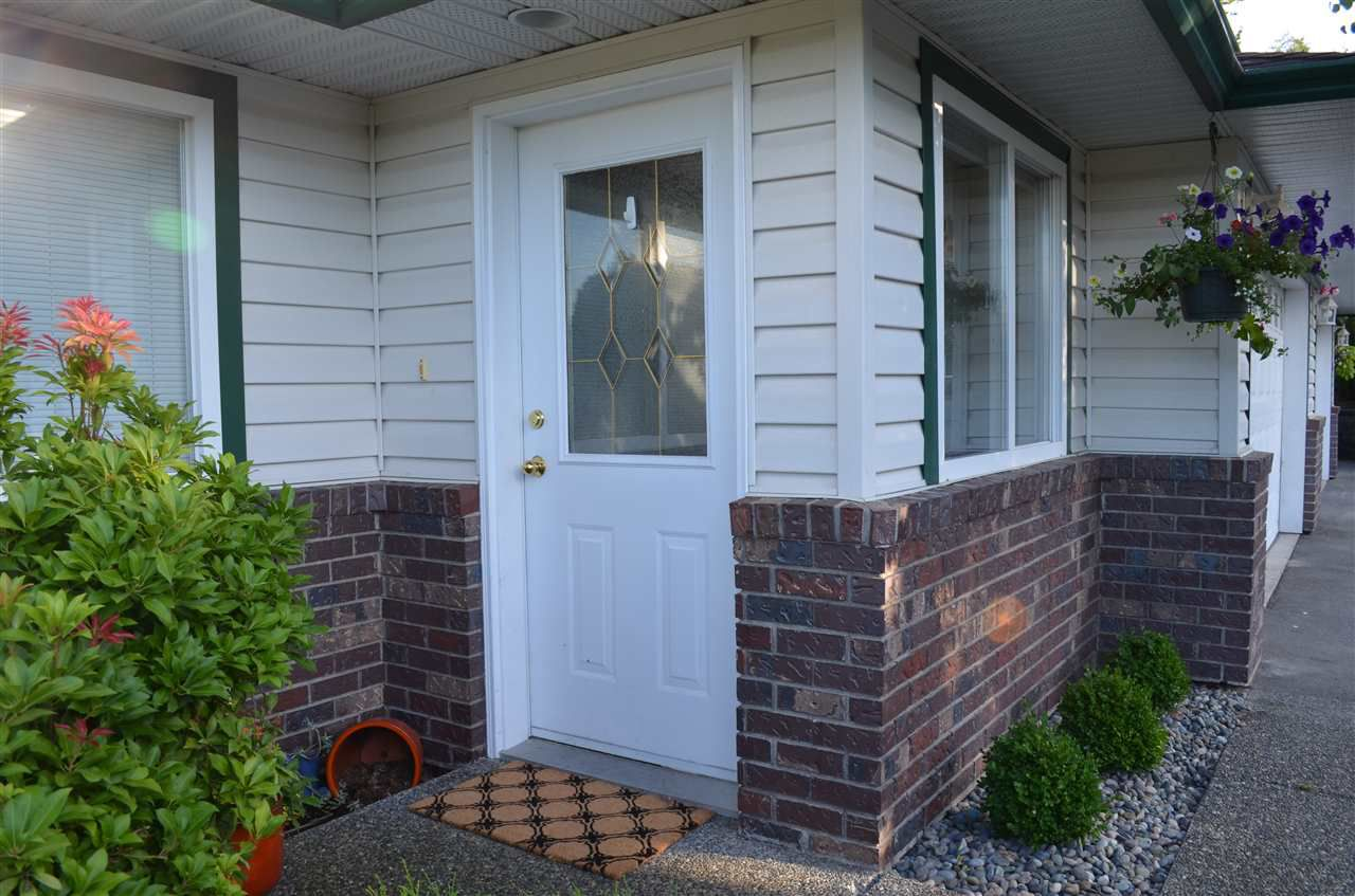 """Main Photo: 66 34250 HAZELWOOD Avenue in Abbotsford: Abbotsford East Townhouse for sale in """"Stillcreek"""" : MLS®# R2190262"""