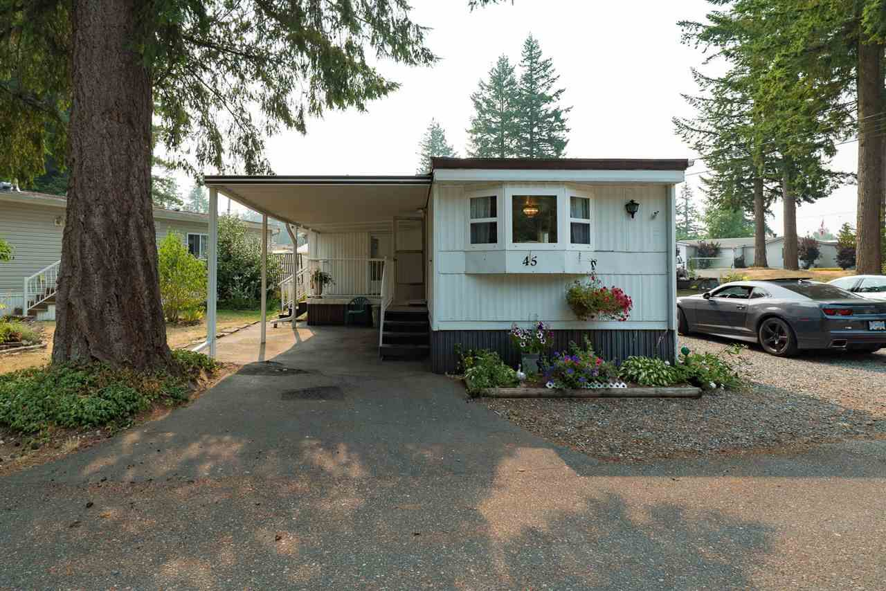 """Main Photo: 45 20071 24 Avenue in Langley: Brookswood Langley Manufactured Home for sale in """"FERNRIDGE"""" : MLS®# R2195539"""