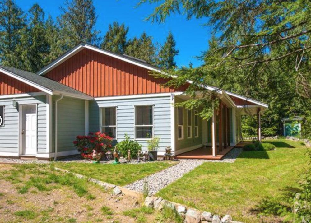 Main Photo: 1480 Dolly Varden Way in Qualicum Beach: House for sale : MLS®# 408797