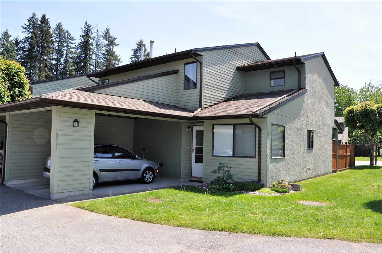 "Main Photo: 5 20681 THORNE Avenue in Maple Ridge: Southwest Maple Ridge Townhouse for sale in ""Thorneberry Gate"" : MLS®# R2268528"