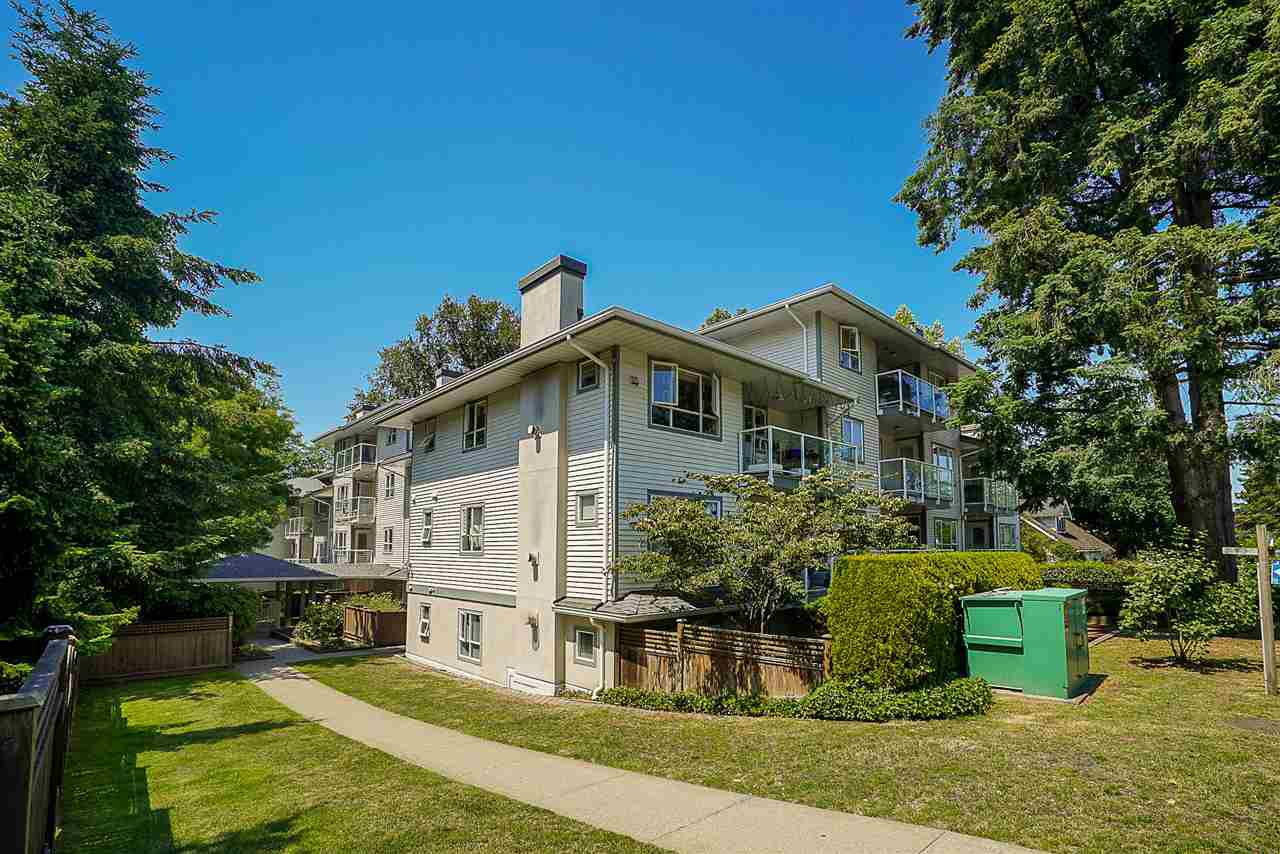 """Main Photo: 205 5577 SMITH Avenue in Burnaby: Central Park BS Condo for sale in """"COTTONWOOD GROVE"""" (Burnaby South)  : MLS®# R2282165"""
