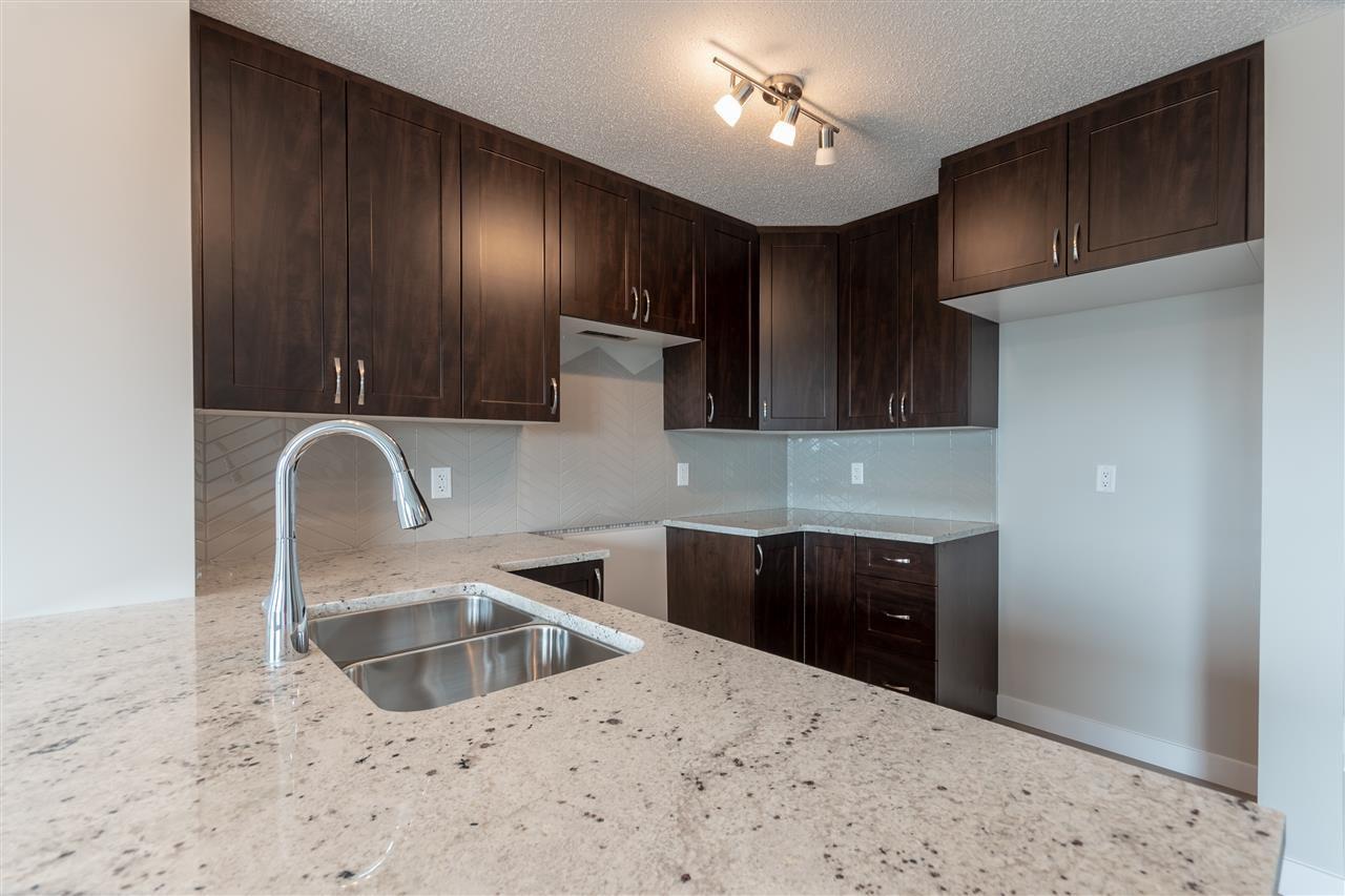 Main Photo: 1731 27 Street in Edmonton: Zone 30 House Half Duplex for sale : MLS®# E4134703