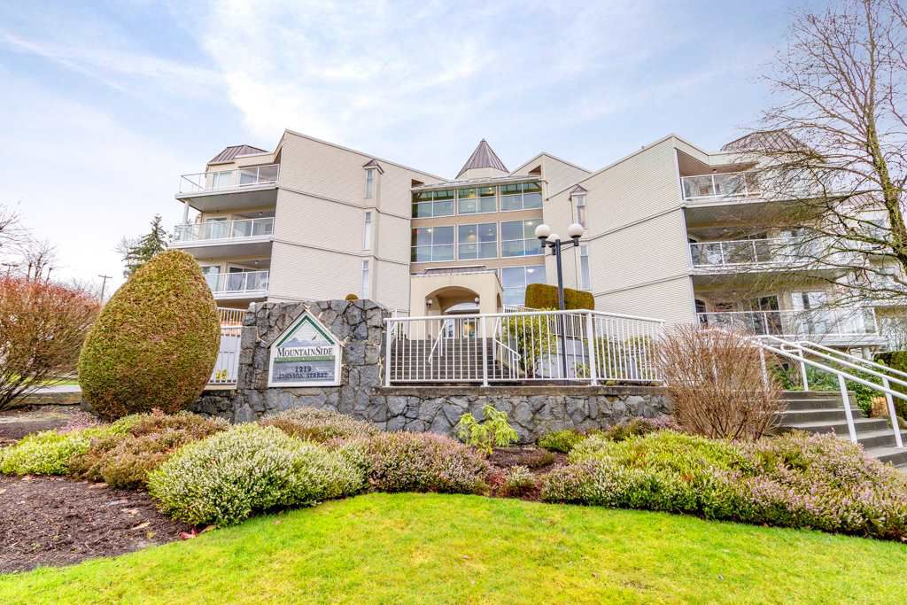 Main Photo: 401 1219 JOHNSON Street in Coquitlam: Canyon Springs Condo for sale : MLS®# R2331496