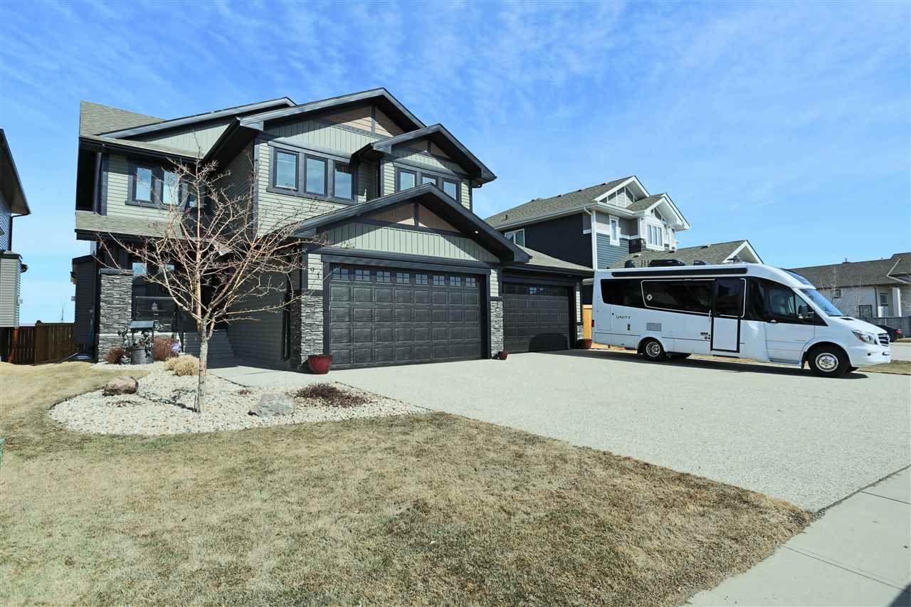 Main Photo: 91 Danfield Place: Spruce Grove House for sale : MLS®# E4155733