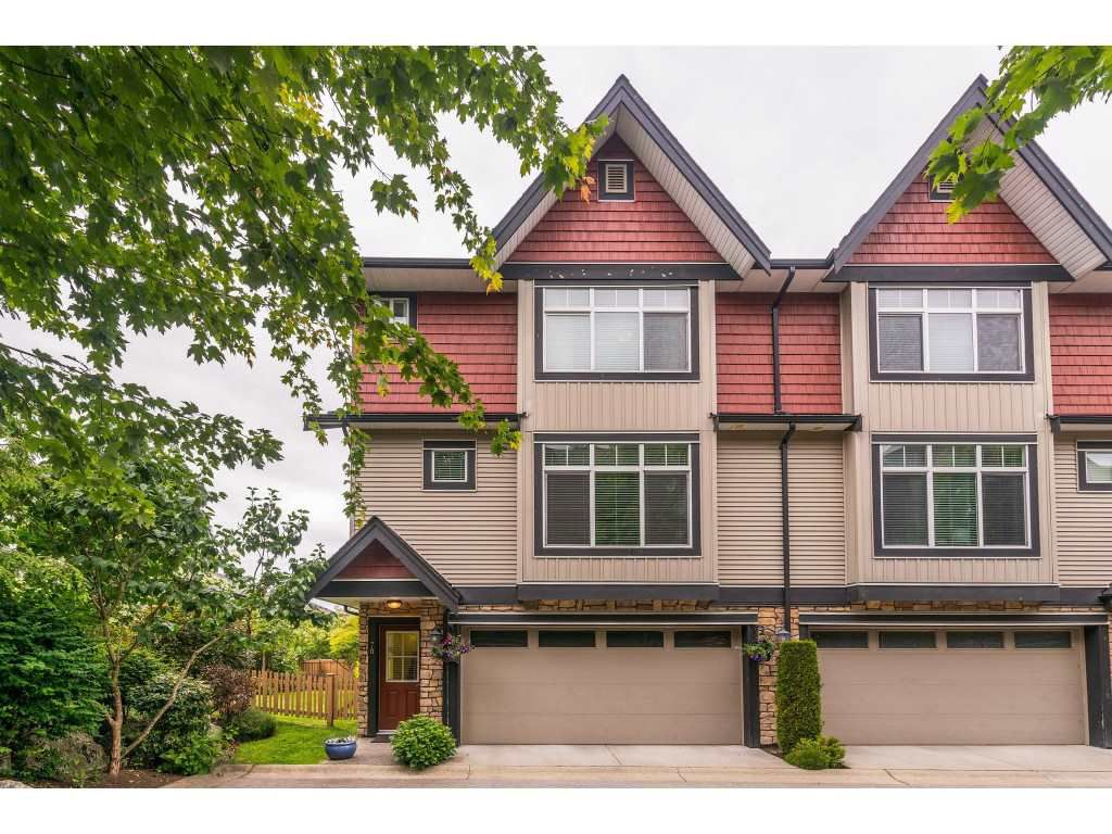 """Main Photo: 70 6299 144 Street in Surrey: Sullivan Station Townhouse for sale in """"Altura"""" : MLS®# R2377802"""