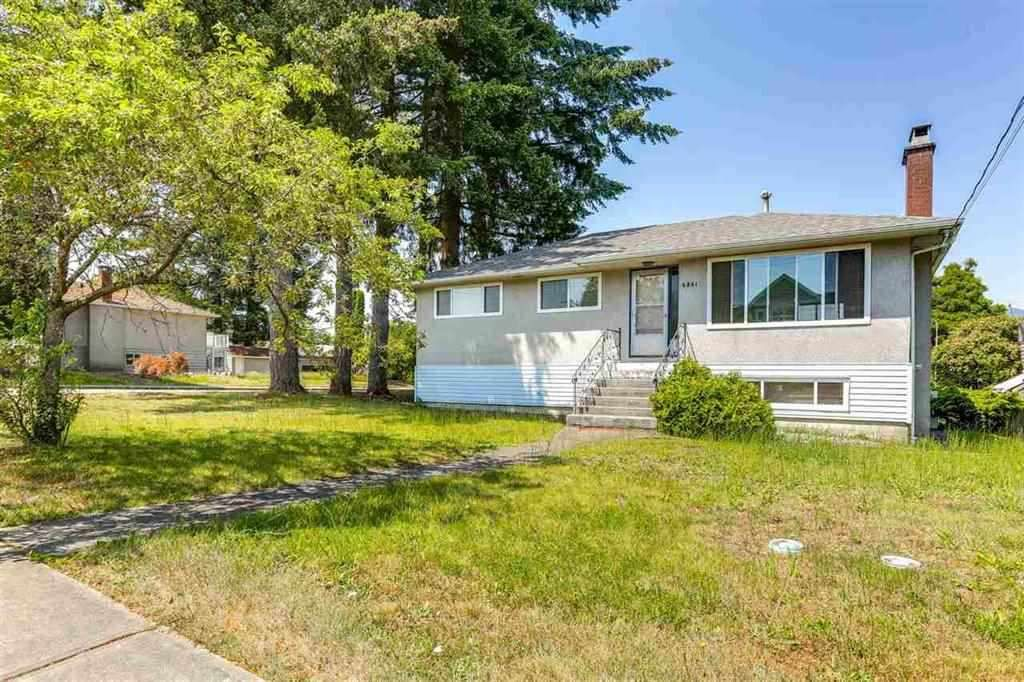 Main Photo: 6881 CARNEGIE Street in Burnaby: Sperling-Duthie House for sale (Burnaby North)  : MLS®# R2381394