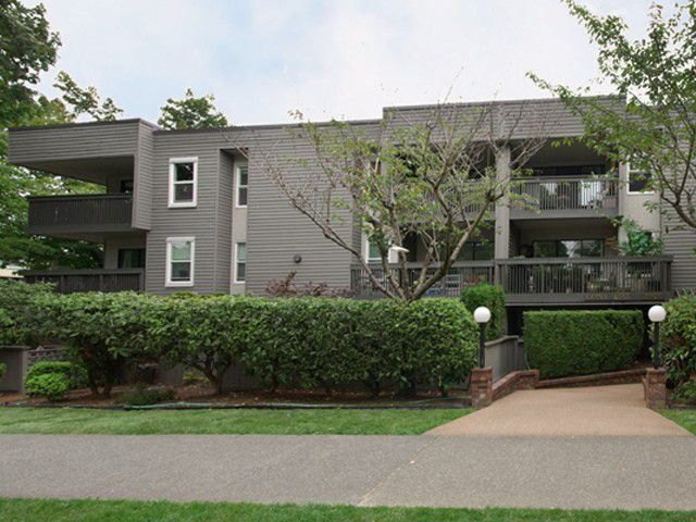 """Main Photo: 304 3020 QUEBEC Street in Vancouver: Mount Pleasant VE Condo for sale in """"KARMA ROSE"""" (Vancouver East)  : MLS®# V911495"""