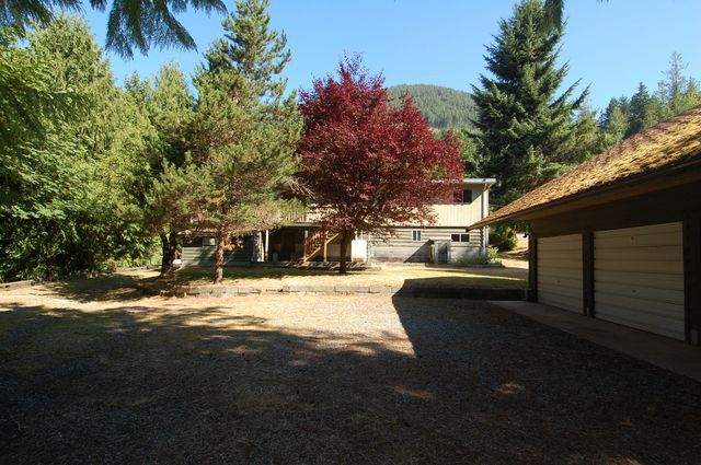 Photo 3: Photos: 7481 SUTHERLAND ROAD in LAKE COWICHAN: House for sale : MLS®# 341695