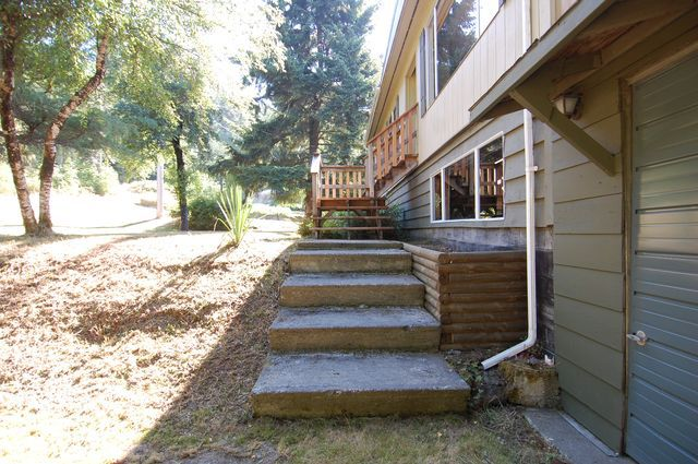 Photo 4: Photos: 7481 SUTHERLAND ROAD in LAKE COWICHAN: House for sale : MLS®# 341695