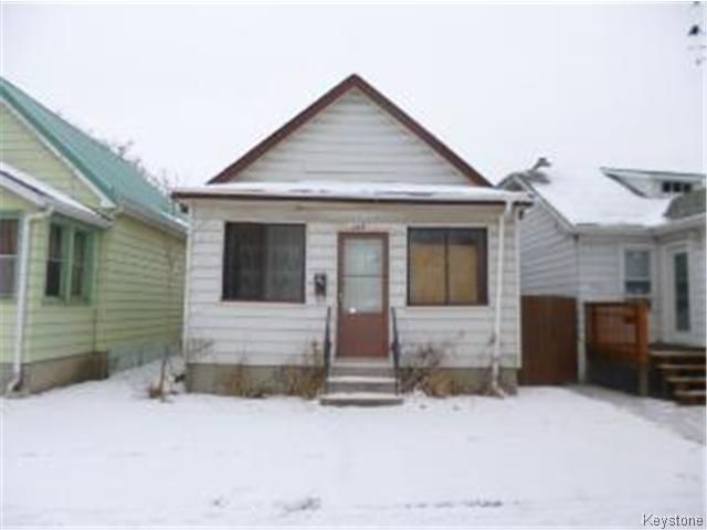 Main Photo: 298 Lock Street in WINNIPEG: Brooklands / Weston Residential for sale (West Winnipeg)  : MLS®# 1428708