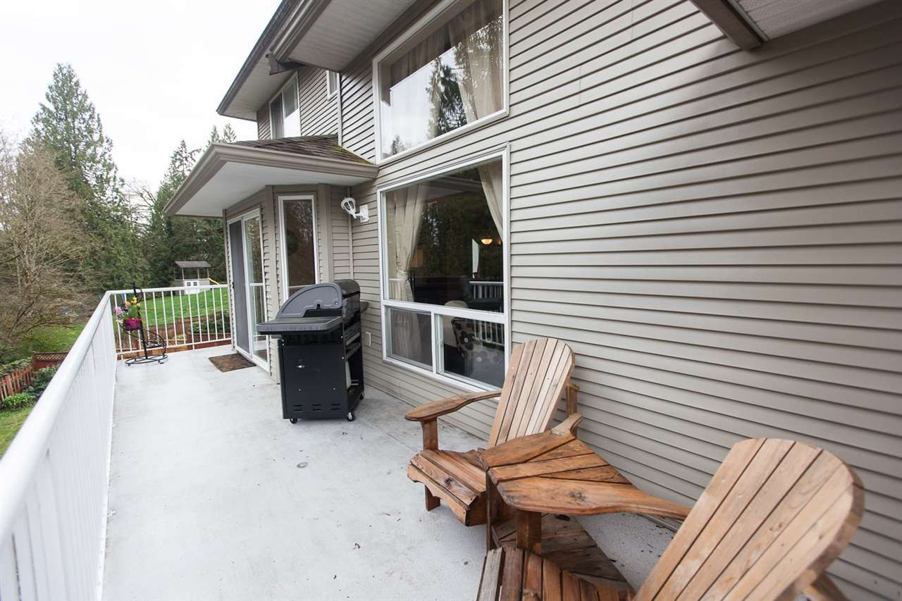 "Photo 18: Photos: 23724 114A Avenue in Maple Ridge: Cottonwood MR House for sale in ""GILKER HILL ESTATES"" : MLS®# R2049062"