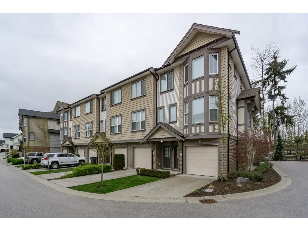 """Main Photo: 33 14838 61 Avenue in Surrey: Sullivan Station Townhouse for sale in """"Sequoia"""" : MLS®# R2157322"""