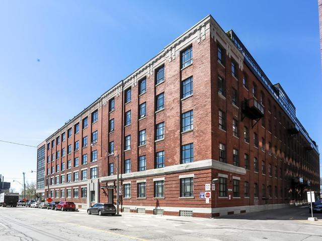 Main Photo: 513 68 Broadview Avenue in Toronto: South Riverdale Condo for sale (Toronto E01)  : MLS®# E3789611