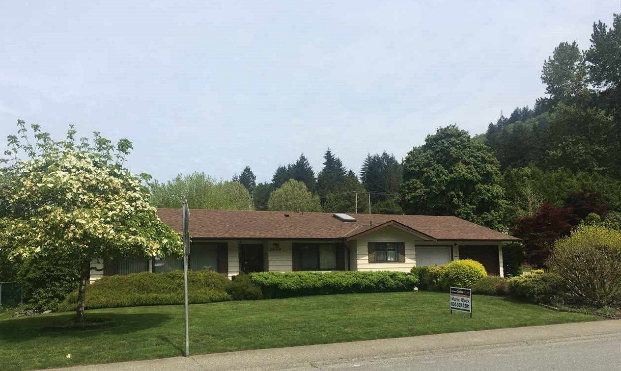 Main Photo: 2494 CAMERON Crescent in Abbotsford: Abbotsford East House for sale : MLS®# R2168606