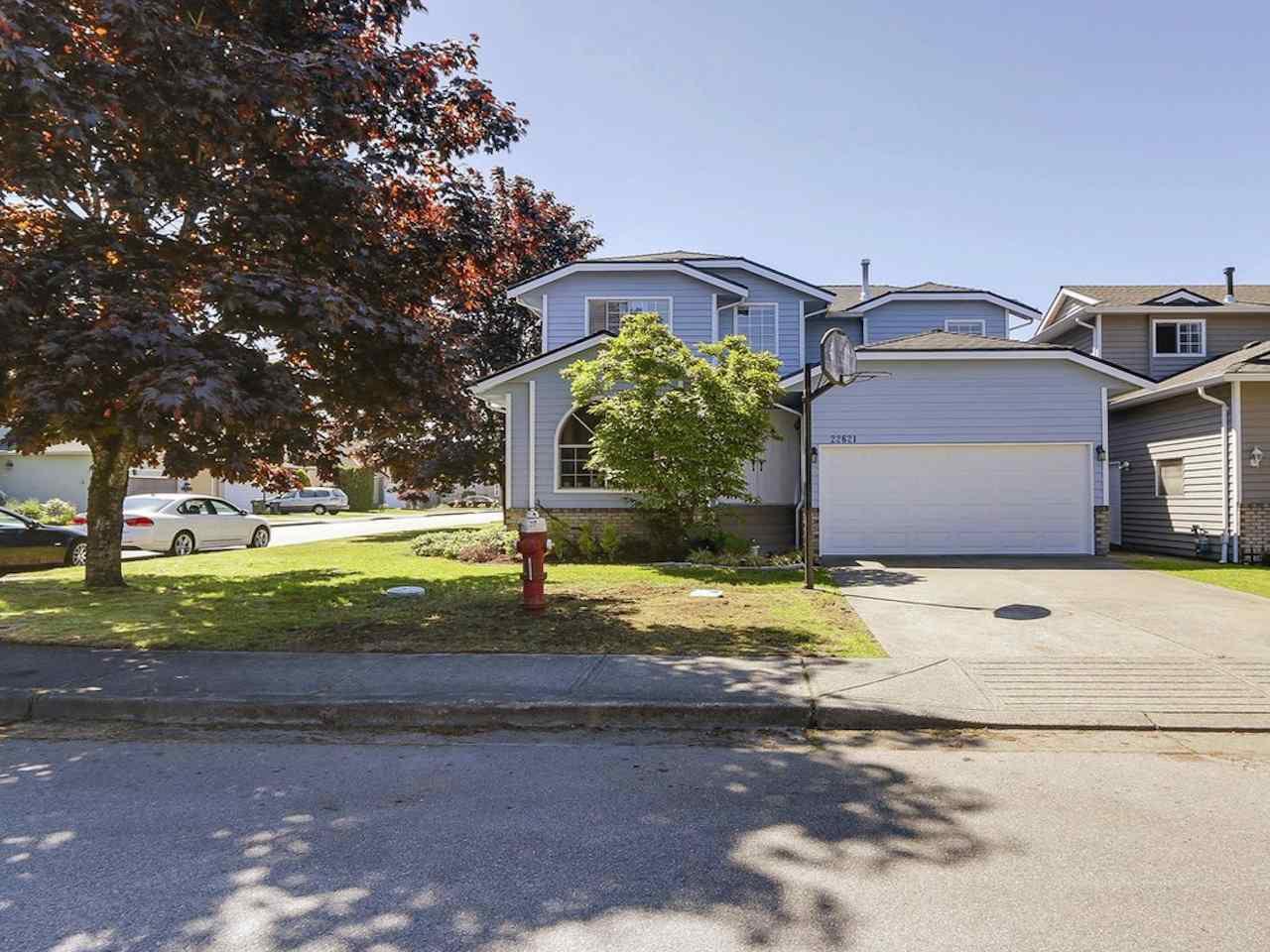 """Main Photo: 22621 FRASERBANK Crescent in Richmond: Hamilton RI House for sale in """"HAMILTON RI"""" : MLS®# R2169940"""