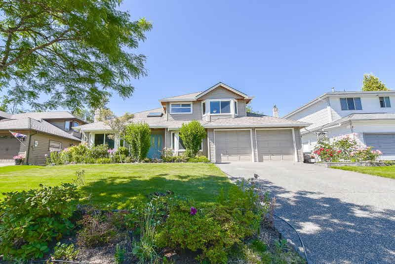"Main Photo: 16017 78 Avenue in Surrey: Fleetwood Tynehead House for sale in ""HAZELWOOD HILLS"" : MLS®# R2182642"