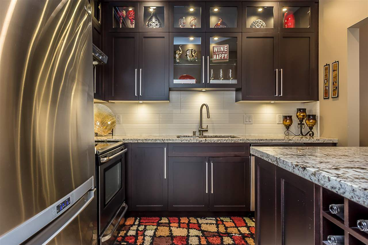 "Main Photo: 105 12155 191B Street in Pitt Meadows: Central Meadows Condo for sale in ""Edgepark Manor"" : MLS®# R2259871"