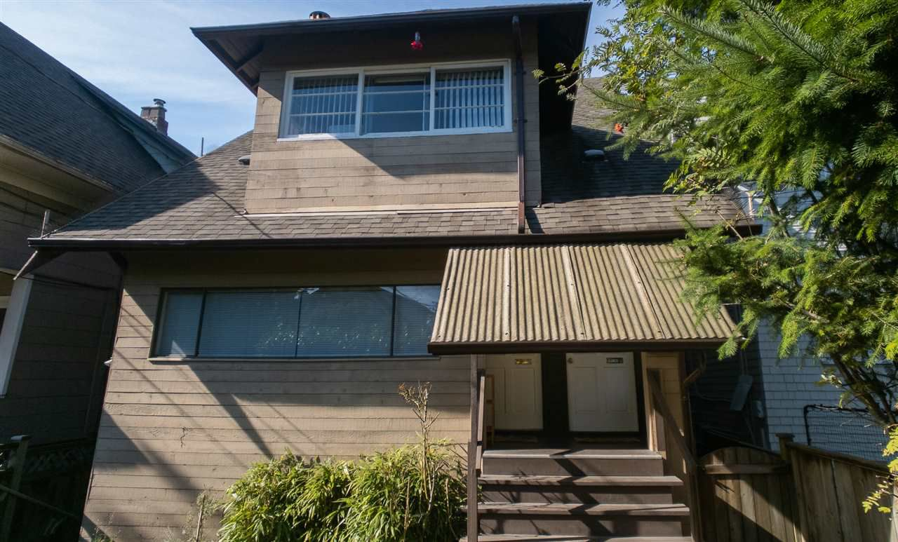 Main Photo: 1909 TRAFALGAR Street in Vancouver: Kitsilano House for sale (Vancouver West)  : MLS®# R2329520
