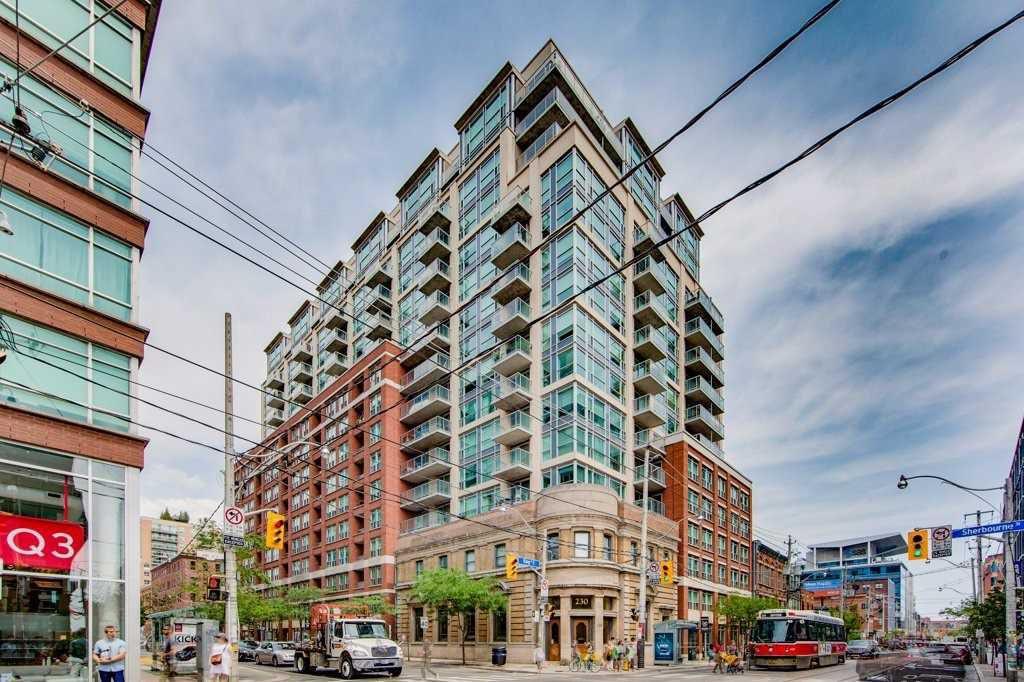 Main Photo: 1603 230 E King Street in Toronto: Moss Park Condo for sale (Toronto C08)  : MLS®# C4385942
