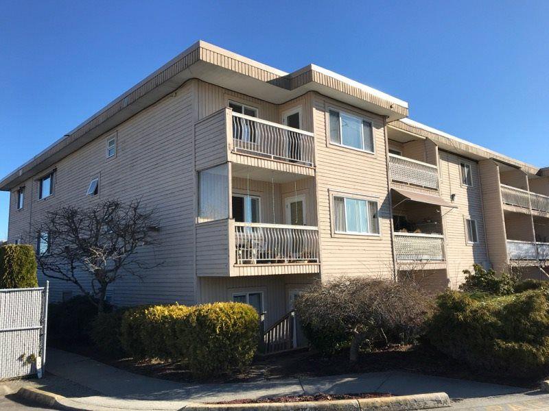 """Main Photo: 319 11816 88 Avenue in Delta: Annieville Condo for sale in """"SUN GOD VILLA"""" (N. Delta)  : MLS®# R2350836"""