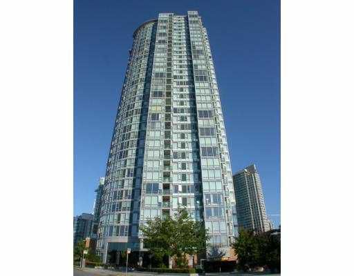 "Main Photo: 802 1033 MARINASIDE CR in Vancouver: False Creek North Condo for sale in ""QUAYWEST I"" (Vancouver West)  : MLS®# V557529"