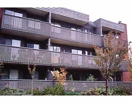 """Main Photo: 105 1365 E 7TH AV in Vancouver: Grandview VE Condo for sale in """"MCLEAN GARDENS"""" (Vancouver East)  : MLS®# V600688"""