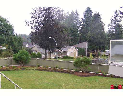 """Photo 7: Photos: 34159 FRASER Street in Abbotsford: Central Abbotsford Townhouse for sale in """"EMERALD PLACE"""" : MLS®# F2621998"""