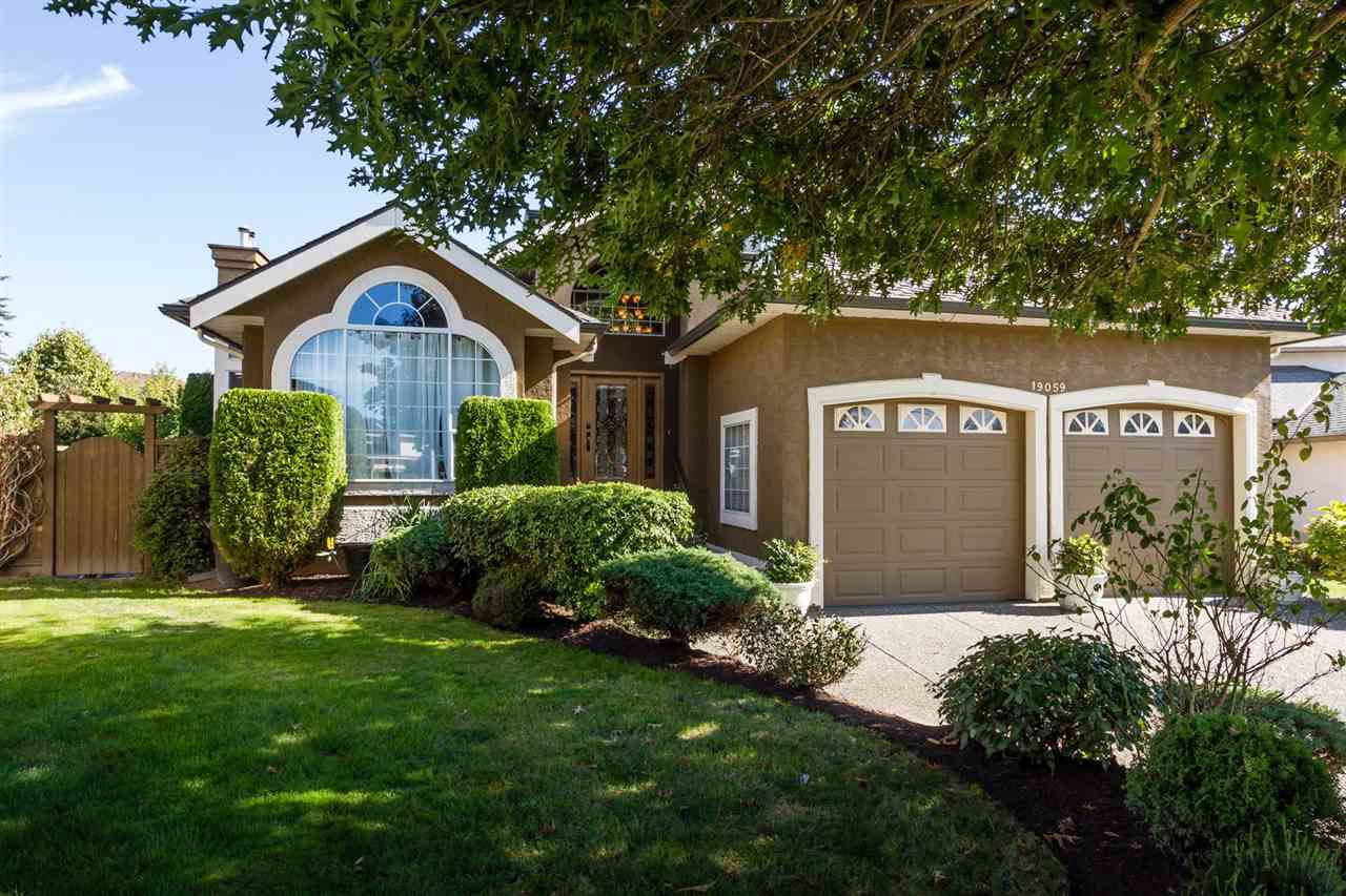 """Main Photo: 19059 63B Avenue in Surrey: Cloverdale BC House for sale in """"Bakerview Heights"""" (Cloverdale)  : MLS®# R2108364"""