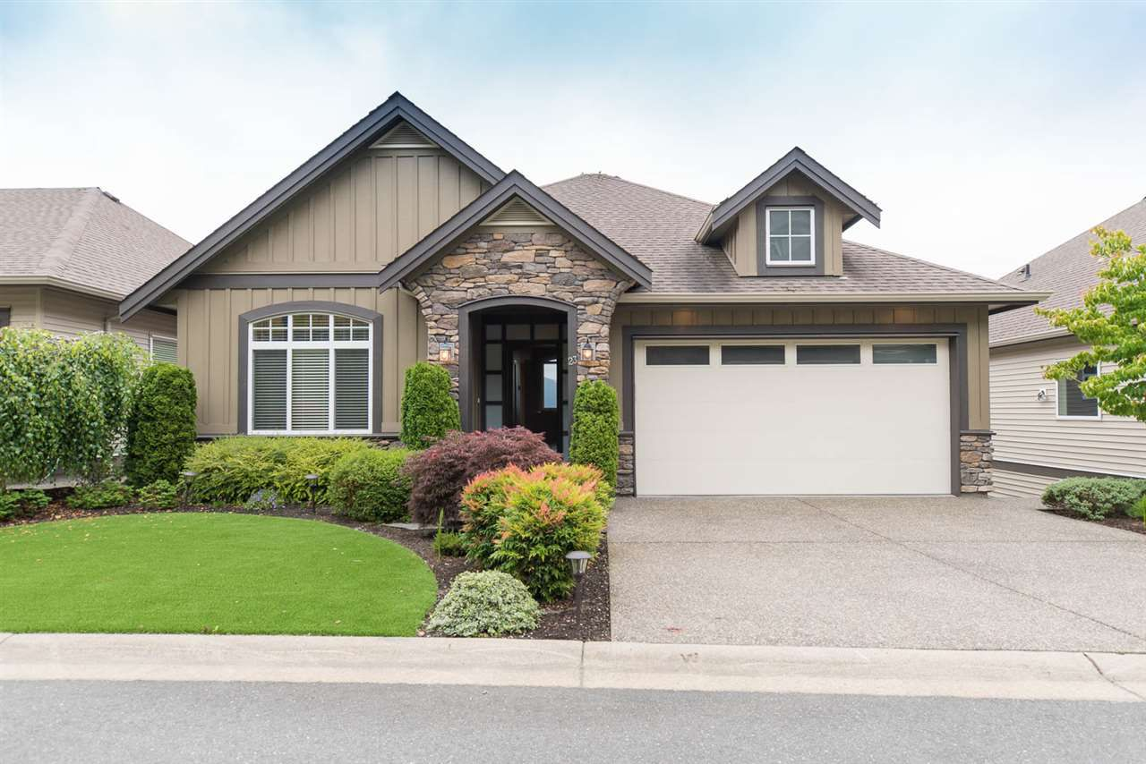 """Main Photo: 23 36232 WALTER Road in Abbotsford: Abbotsford East House for sale in """"MOUNTAIN FALLS"""" : MLS®# R2184569"""