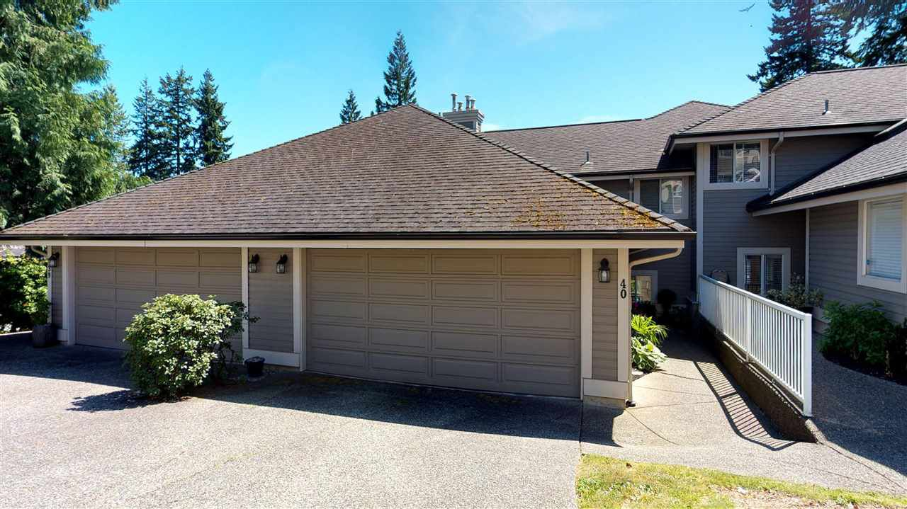 Main Photo: 40 181 RAVINE DRIVE in Port Moody: Heritage Mountain Townhouse for sale : MLS®# R2185444