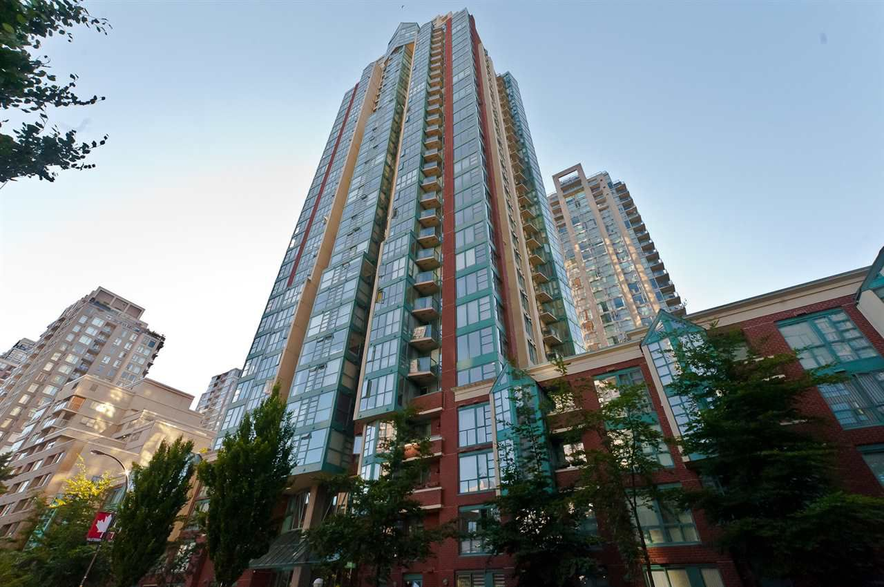 "Main Photo: 2706 939 HOMER Street in Vancouver: Yaletown Condo for sale in ""PINNACLE"" (Vancouver West)  : MLS®# R2192019"