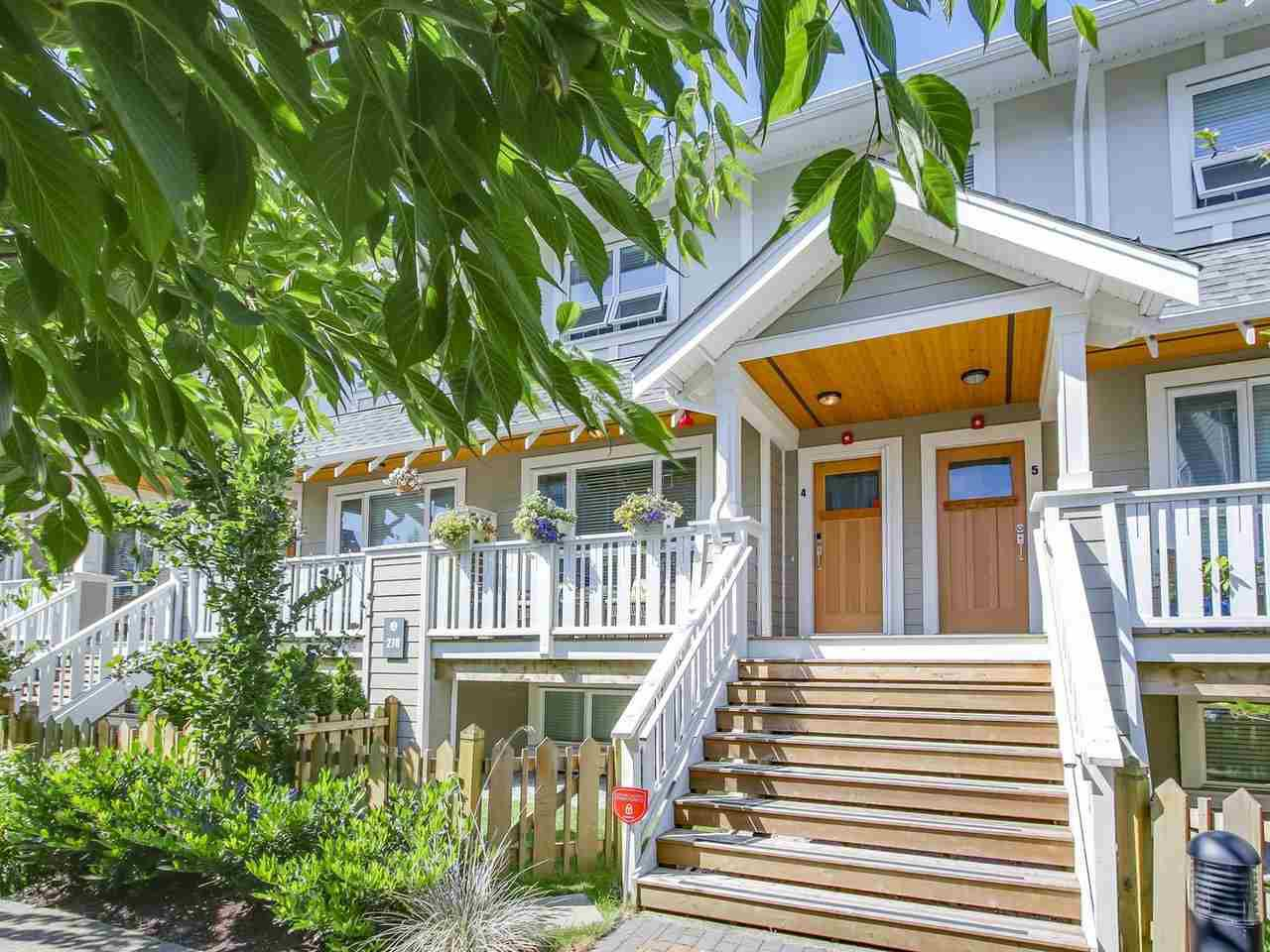 """Main Photo: 4 278 CAMATA Street in New Westminster: Queensborough Townhouse for sale in """"Canoe"""" : MLS®# R2193929"""