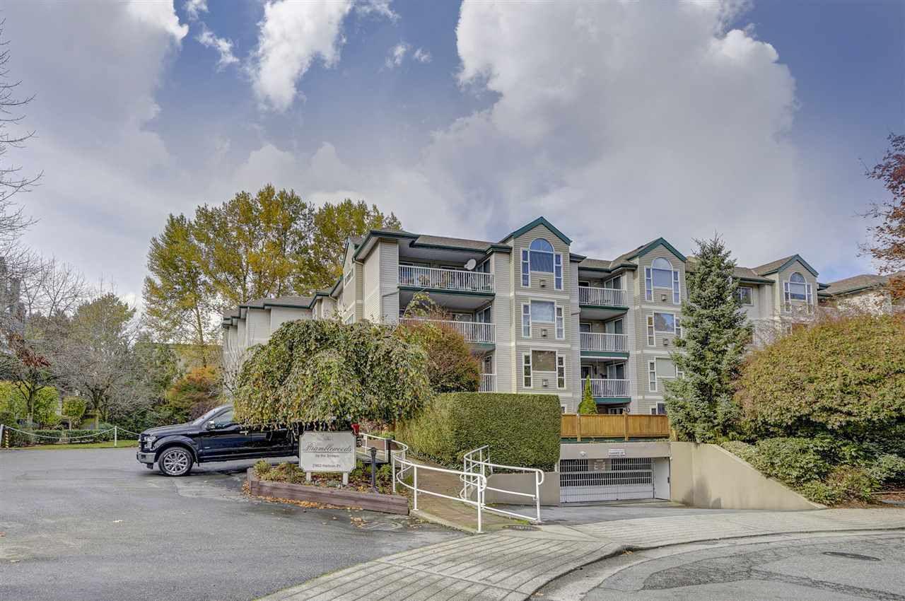 "Main Photo: 412 2963 NELSON Place in Abbotsford: Central Abbotsford Condo for sale in """"Bramblewoods by the Stream"""" : MLS®# R2343909"