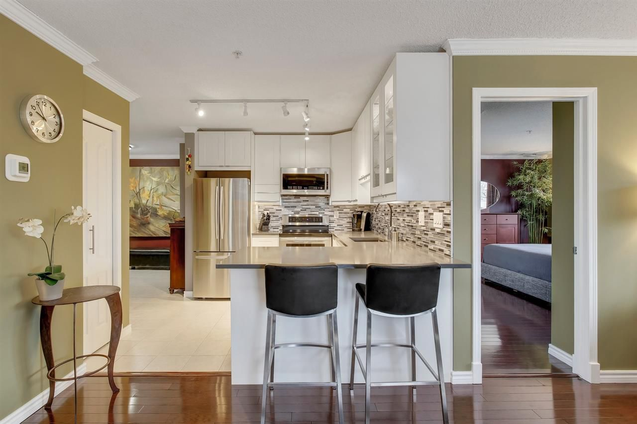 Main Photo: 101 9741 110 Street Street in Edmonton: Zone 12 Condo for sale : MLS®# E4151203