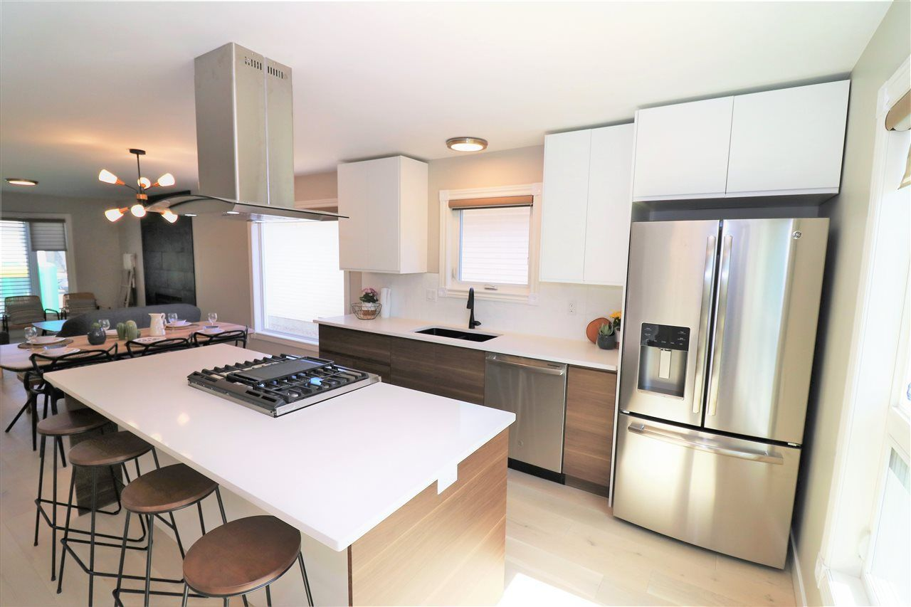 Main Photo: 10431 14 Avenue in Edmonton: Zone 16 House for sale : MLS®# E4156872
