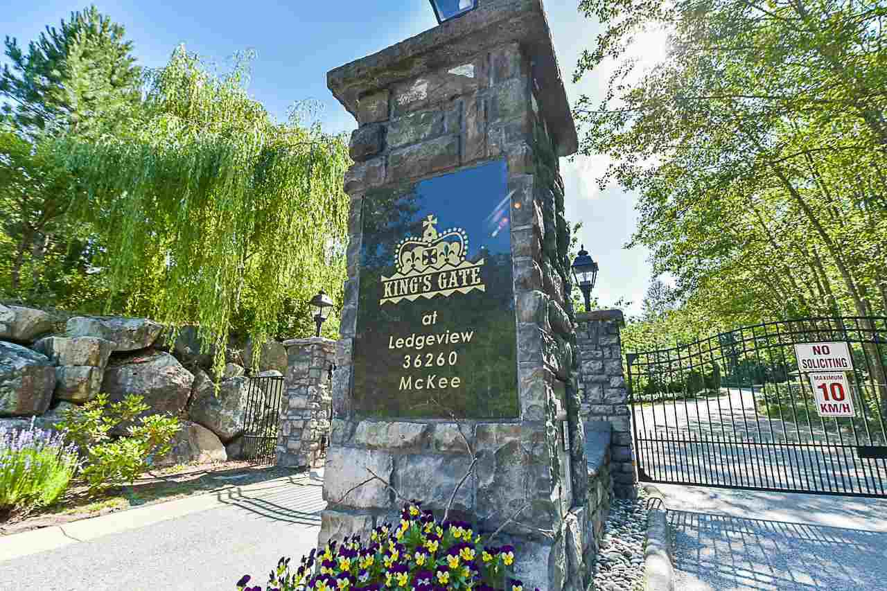 "Main Photo: 41 36260 MCKEE Road in Abbotsford: Abbotsford East Townhouse for sale in ""Kings Gate"" : MLS®# R2383736"