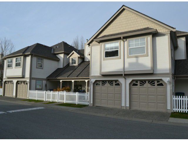 Main Photo: 88 16318 82ND Avenue in Surrey: Fleetwood Tynehead Townhouse for sale : MLS®# F1401789