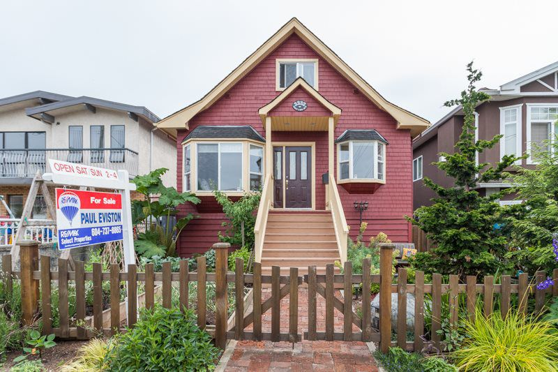 Main Photo: 3232 E 43RD Avenue in Vancouver: Killarney VE House for sale (Vancouver East)  : MLS®# R2074426