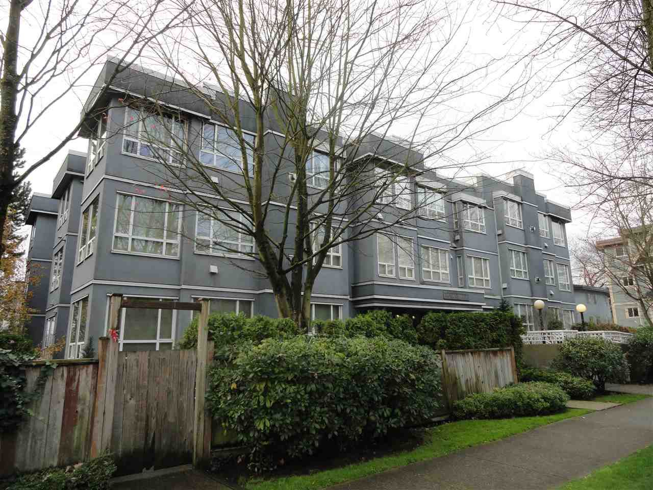 """Main Photo: 203 3 N GARDEN Drive in Vancouver: Hastings Condo for sale in """"3 NORTH GARDEN COURT"""" (Vancouver East)  : MLS®# R2123643"""