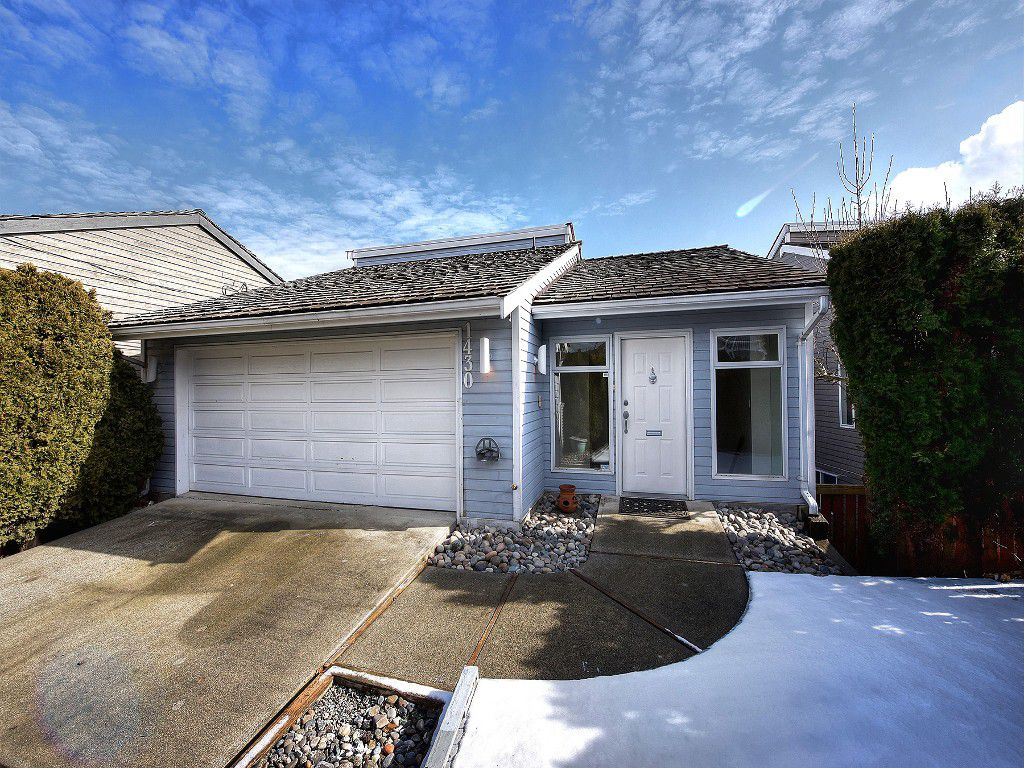 Main Photo: 1430 VIEW Crescent in Delta: Beach Grove House for sale (Tsawwassen)  : MLS®# R2142357